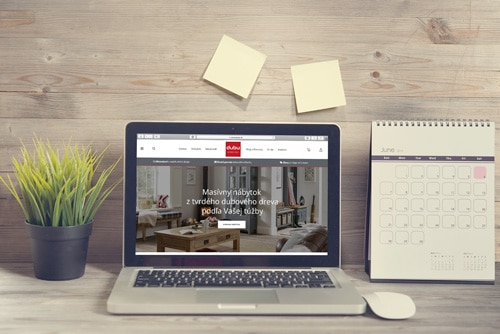 Náhľad web stránky dubu.sk na notebooku