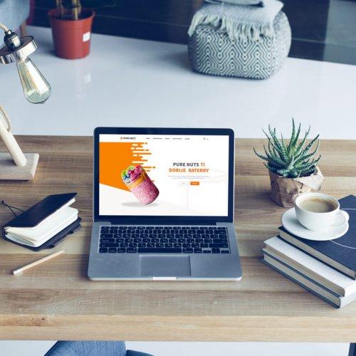 Náhľad web stránky Pure Nuts na notebooku - JarvinDesign.sk - tvorba eshopov